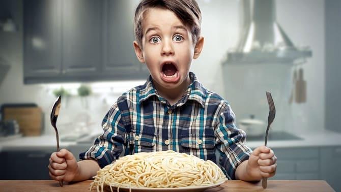 Ребенок много ест