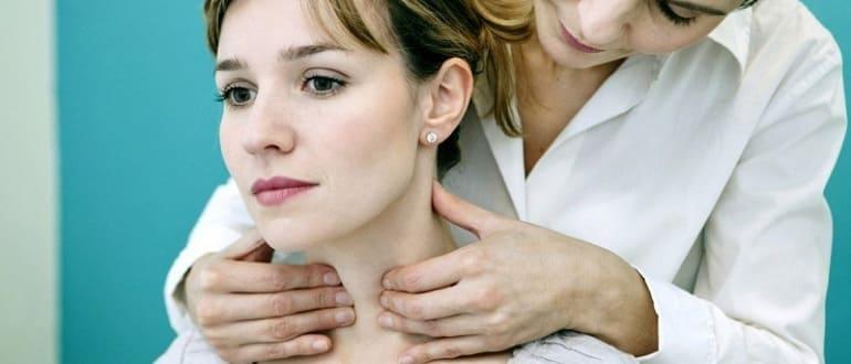 Прыщи на шее у женщин – причина. Почему на шее появляются прыщи, сыпь?