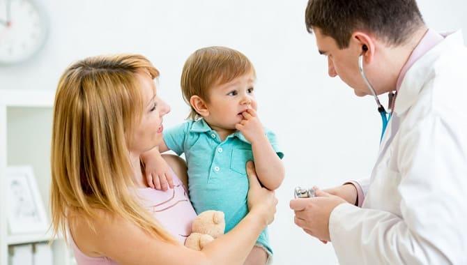 Мама, врач и ребенок