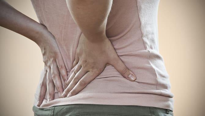 Как отличить боли в почках от болей в пояснице и спине: 6 важных признаков