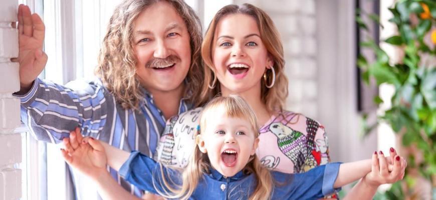 Игорь Николаев и его семья