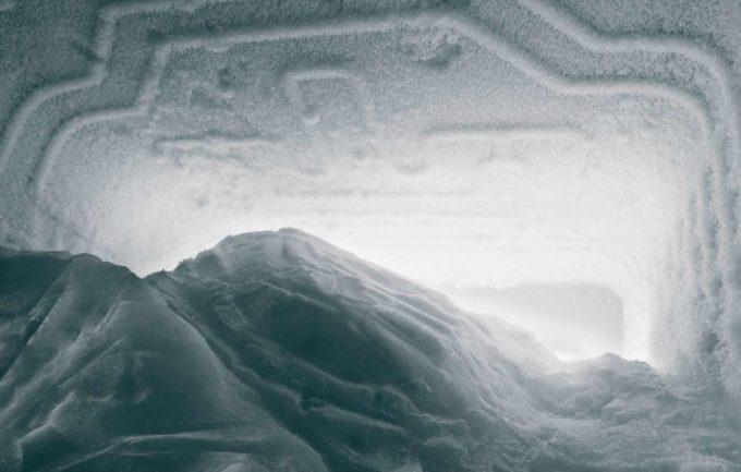 Снег в морозильной камере