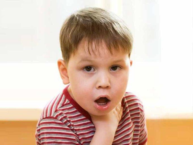 Ребенку трудно дышать