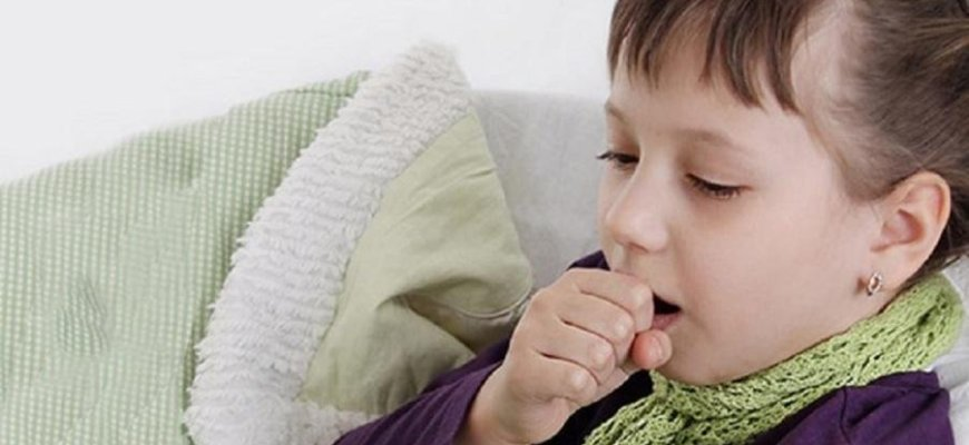 Чем лечить лающий кашель у ребенка с температурой или без