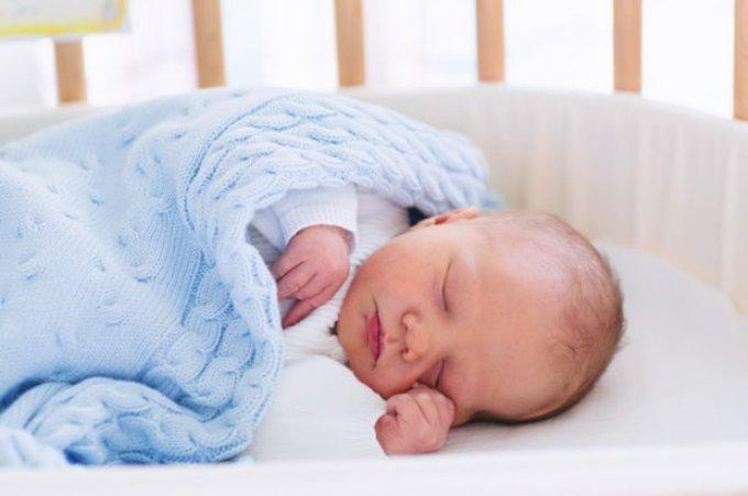 Младенец спит