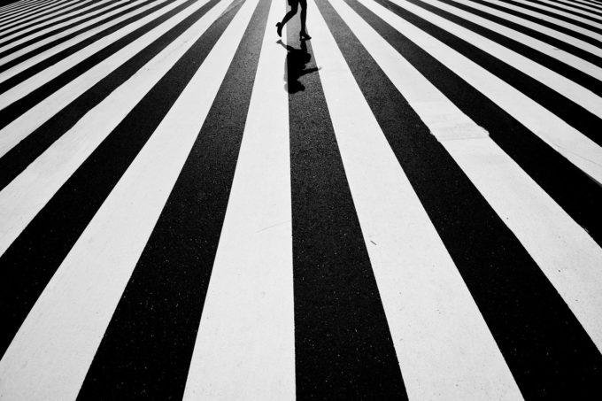 Черные и белые полосы