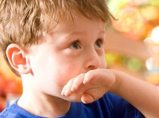 Ребенка тошнит
